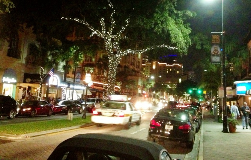 Las Olas – the place with over 30 al fresco dining options